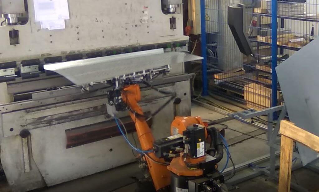 Роботизированная гибка металла